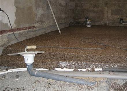 isolera golv källare